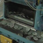 Transporte vibratorio de descarga de máquina granalladora